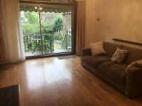 This superb 2 double bedroom ground floor flat in a period conversion in Stroud Green.