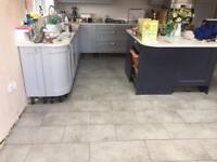 Tiles bathroom / painting and decorative/flooring laminate wood flooring