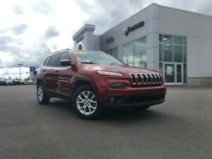 2016 Jeep Cherokee LOW KMS, TOUCHSCREEN, HEATED SEATS