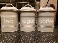 Tea/coffee/sugar pots
