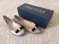 Ballerina shoe FREE FISH BRAND NEW, ORIGINAL PACKAGING, size 38, silver