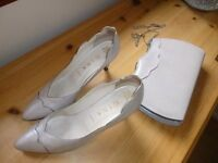 """Ladies """"Gina"""" Handmade Oyster/grey pearlised high heeled shoe size 5.5 with matching clutch handbag"""