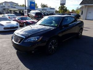 2013 Chrysler 200 S Convertible One owner