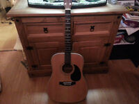 Hohner Guitar Leyanda Line. Excellent Condition