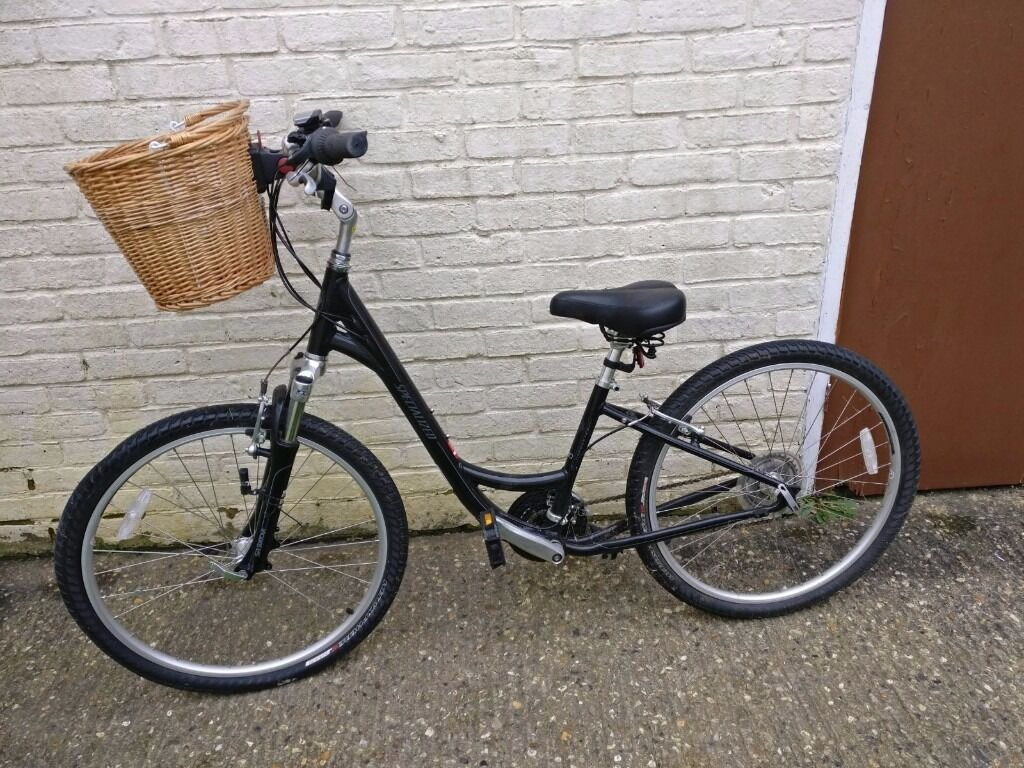 Specialised Globe Ladies Bike Mint Condition In Horsham West