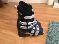 Salomon Kids Ski Boots size UK4