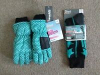 Girl's Ski Gloves & Matching Socks (Brand New With Labels)