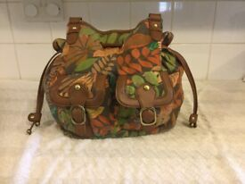 New Look leather look & leaf patterned handbag