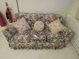 For Sale: 3 Seater Floral Sofa in used condition