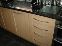 FITTED KITCHEN FOR SALE IN VERY GOOD CONDITION - £850