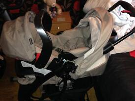 Graco Quattro deluxe travel system