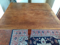 Victorian expanding dining room table