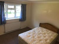 Double room in Langley green