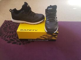 Dunlop safety Trainers