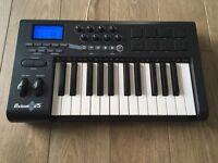 M-Audio Axiom 25 USB MIDI controller keyboard