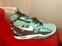 NIKE AIR TRAINER SC HIGH LIKE NEW RARECOLOURWAY UK 9 (worn once for few hours)