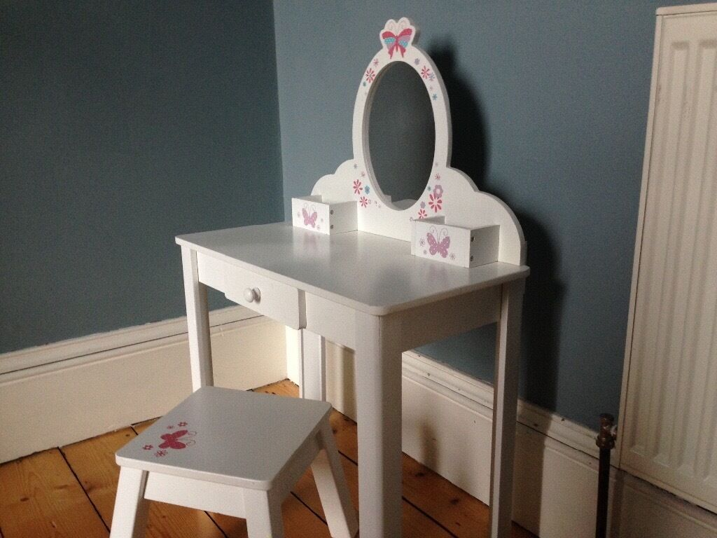 Elc Toy Kids Dressing Table In Perth Perth And Kinross