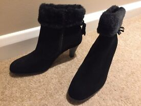 Van Dal Ladies Black Suede Boots Size 5 Brand New and In Excellent Condition