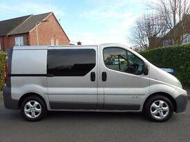 FINANCE ME!! NO VAT!! Renault Trafic Swb six seat crew van with full service history,Sat nav,Air con