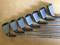 Wilson Staff Ci11 irons 4-PW Regular Steel shafts
