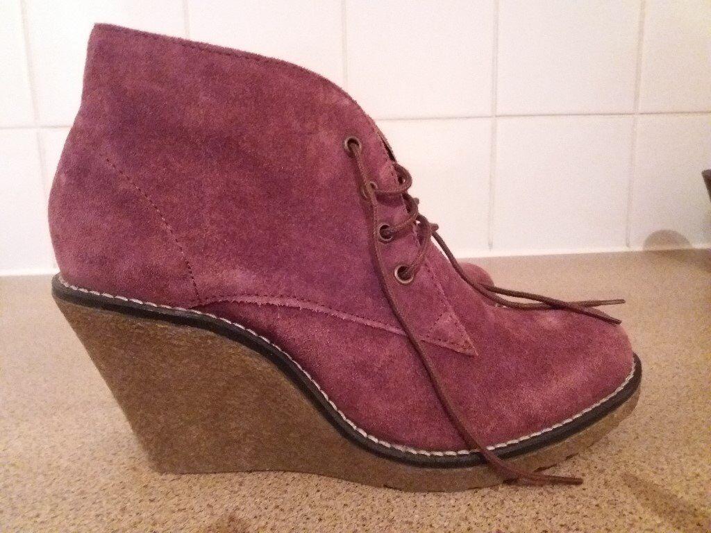 96992b30dfc New Mantaray ladies wedge boots size 5