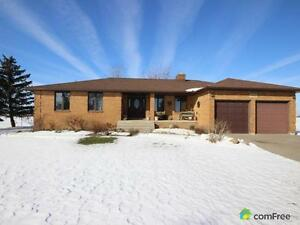 $499,900 - Country home for sale in Maidstone