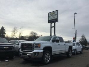 2015 GMC SIERRA 2500HD SLT 6.6L *Moonroof*