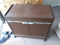 Hostess trolley. Good conditionl. Ideal to use with BBQ. 4 heated glass dishes with covers.