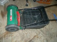 qualcast panther lawn mower push powered hardly used in good condition