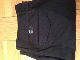 "Oakley Black Cargo Trousers (worn once only) (36""W x 32""L)"