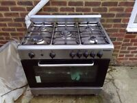 baumatic double oven with grill, about 9 months old, perfect working order,