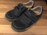 Clarks boys shoes size 10F, navy blue