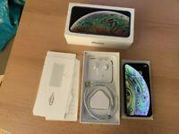 Apple iPhone XS - 64GB - Space Grey (Unlocked)