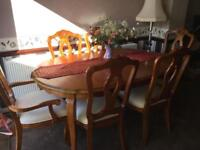 Solid extending dinning table and chairs