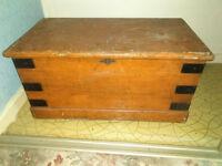 wooden trunk/storage kids toy storage