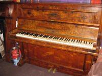 Story & Clark concert piano