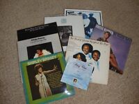7 ORIGINAL VINYL ALBUMS PLUS 1 SINGLE - VARIOUS ARTISTS SUCH AS DIONNE WARWICK AND TINA TURNER ETC.