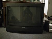 "30"" Sony Trinitron TV (tube style) - Free to collect"