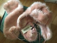 Cute Faux Fur Tippet Scarf with Trapper Hat