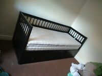 Day/Guest Single Bed with 2 drawers, extendable to double bed (Hemnes)