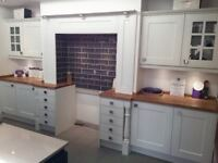 Ex Display Chippendale Kitchen - Georgian Platnuim White with solid oak worktop