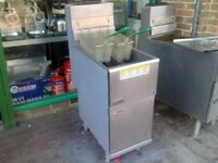 CATERING GAS FRYER COMMERCIAL KITCHEN TAKE AWAY RESTAURANT CAFE KEBAB CHICKEN FAST FOOD SHOP