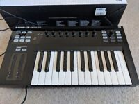 S25 Native Instruments Komplete Kontrol - Excellent Condition Box Included