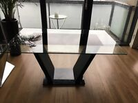 Beautiful 7 seater glass dining table