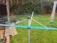 Freestanding washing line