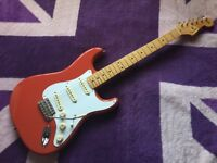 FENDER STRATOCASTER CLASSIC SERIES '50S STRATOCASTER FIESTA RED HARDLY USED EXCELLENT CONDITION
