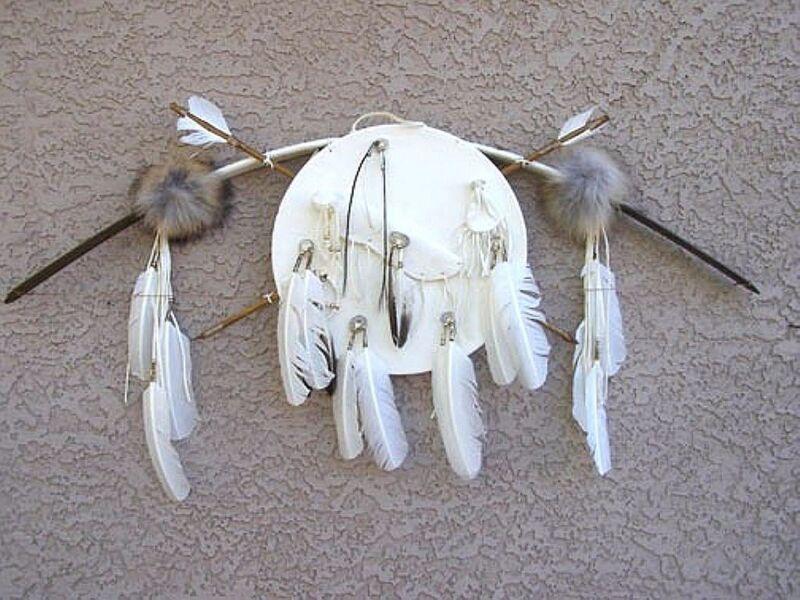 Navajo Made BUCKSKIN LEATHER WAR SHIELD w Bow, Arrows & Bone Tip Knife 4 COLORS