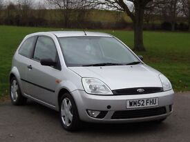 Ford Fiesta 1.4 petrol 2003 LOW MILES GOOD CONDITION LONG MOT