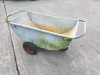 Farm meal trolley galvanised meal bin on wheels animal feed trolley
