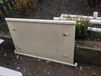 Free white metal radiator